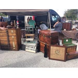 The Devon/Berwyn Antique and Vintage Market